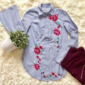 NWT // Merona Floral Embroidered Button Up
